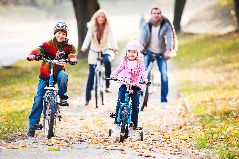 Family-riding-bikes_iStock